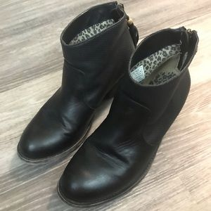 Billabong Black  Leather Booties, size 8.5